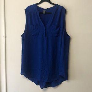 Royal blue sleeveless w breast pockets